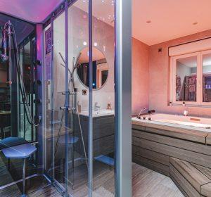 Douche hydromassante-Spa-appartement-hotel-reims-35